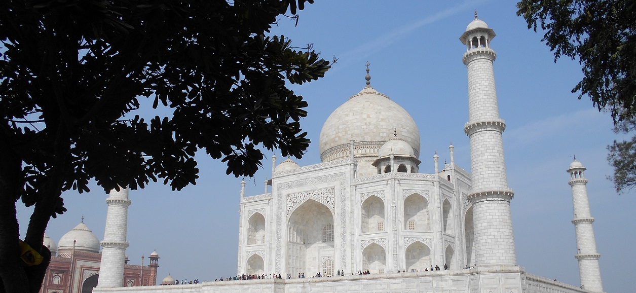 Inside one wonder of the world: Taj Mahal