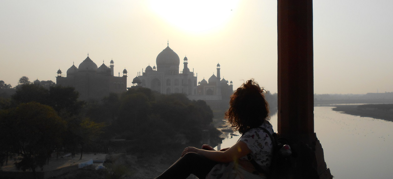 "If you have read the previous post about my stay in Agra, you know that I am a volunteer in India as a ""guide"" to Taj Mahal."