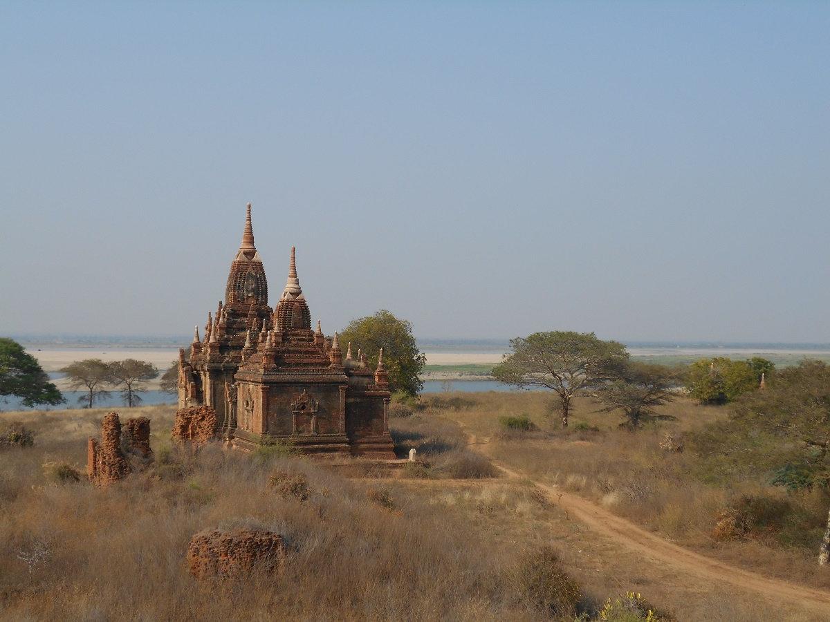Exploring the 2000 Bagan temples, Myanmar