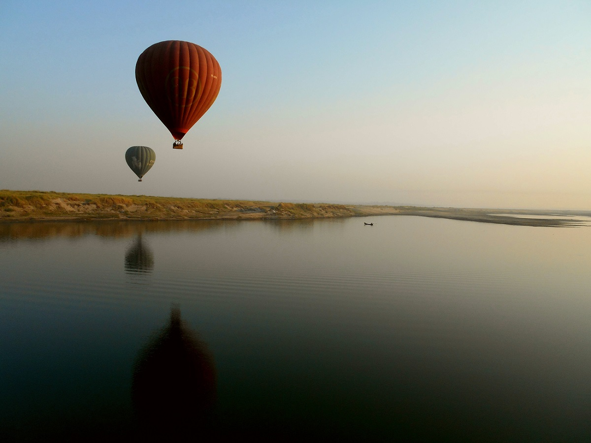 Riding a Bagan hot air balloon, Myanmar