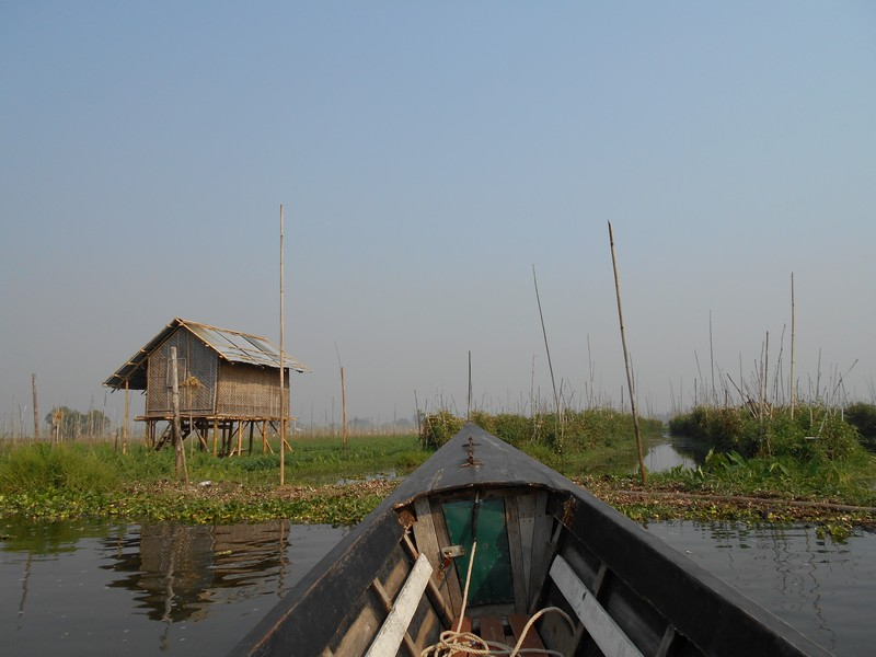 I'm staying in the Inle Lake area for 4 days, which is a lot.. On my second day, I did an Inle Lake boat tour and I would adise you to also do it.