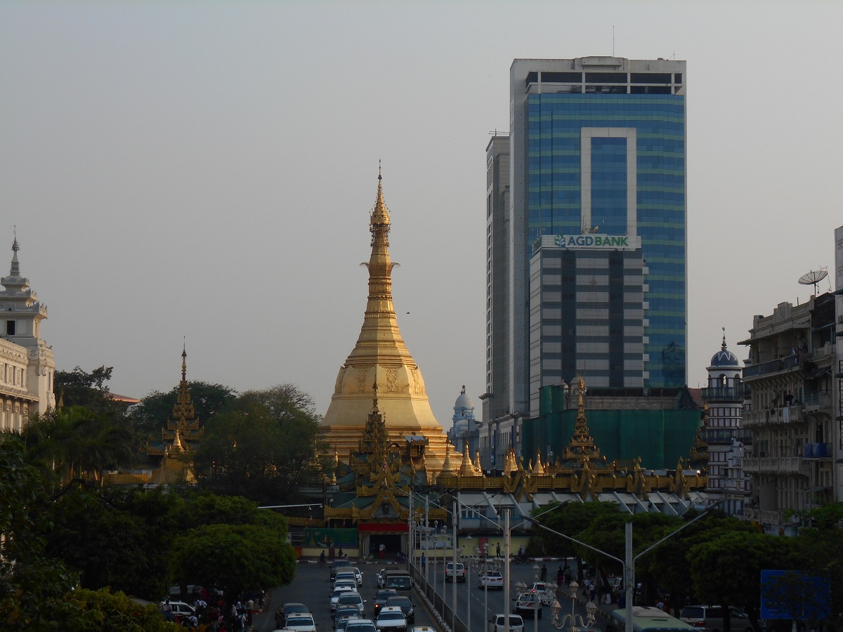 Yangon is my last destination in Myanmar and I will be here for 5 days so I can explore the big city with no rush. I felt Yangon was different.