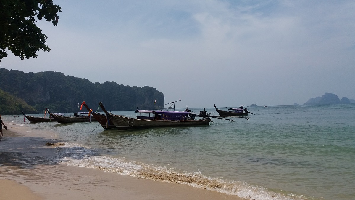 After Koh Phangan, I'm heading to Krabi which is quite a journey. After that, I'm not sure where I'll be heading. Going from Koh Phangan to Krabi is easy.