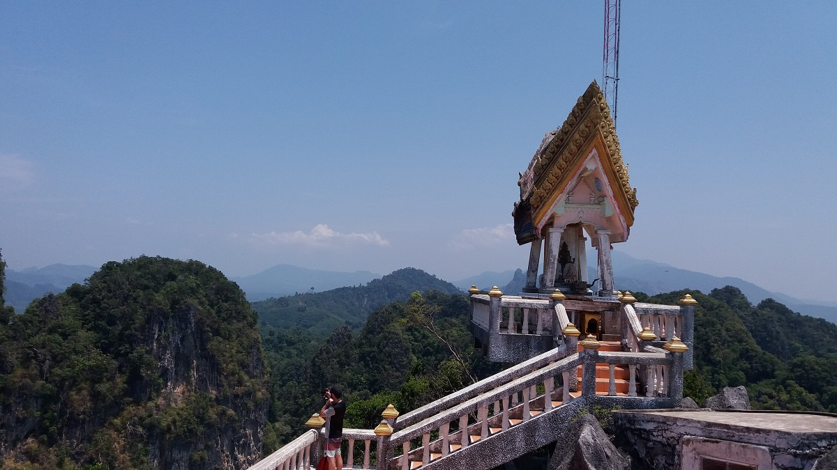 Tiger temple: must visit in Krabi