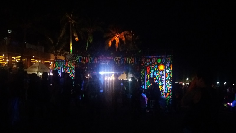 I'm very curious about Full Moon Party Koh Phangan because I was finding it as a must do in Thailand while searching for things to do