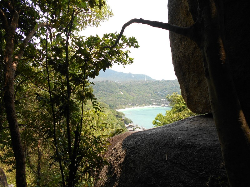Koh Tao is a beautiful Island and it is not so big. There is 3 main Koh Tao viewpoint on the Island and I pity that I only visited 1: John-Suwan Viewpoint.