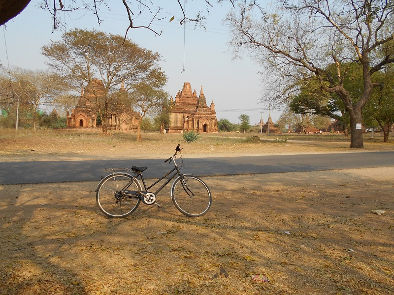 After nearly 4 months trip to Southeast Asia, I decided to change life and dedicate myself to a new project even more exciting: a bike trip.