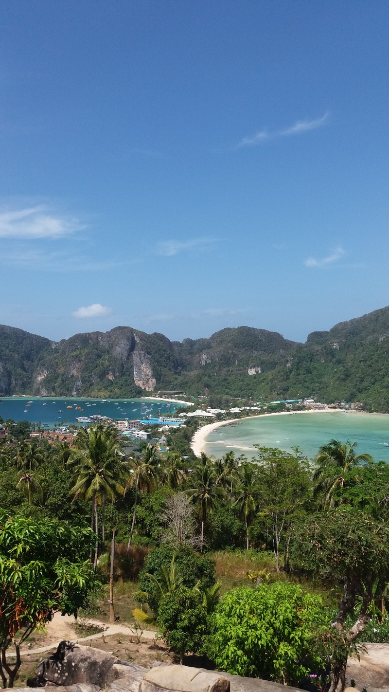 During my stay in Phi Phi Island, I decided to visit the viewpoints. From this Phi Phi viewpoint, you can get the most amazing view that is mesmerizing.