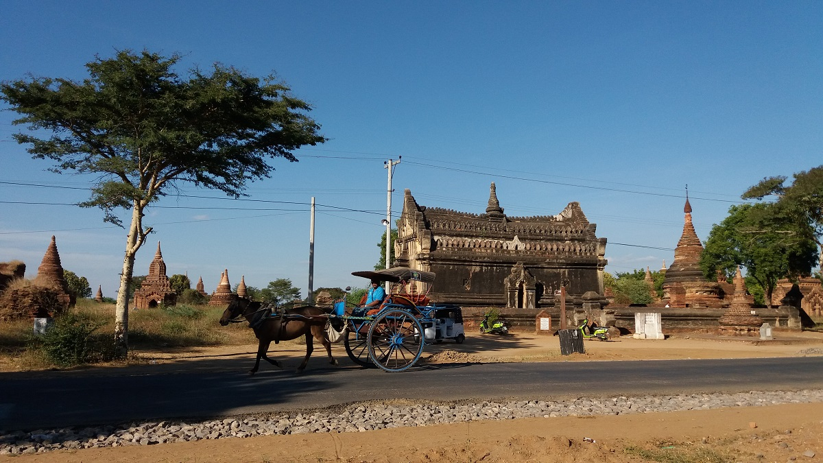https://whileyoustayhome.com/cycling-among-villages-nyaung-shwe/