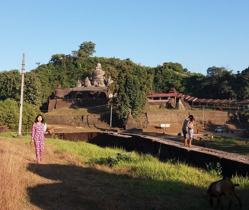 Mrauk U is a hidden gem of Myanmar. There are a lot of temples in Mrauk U, and you can visit them all, but I will list the most impressive ones.