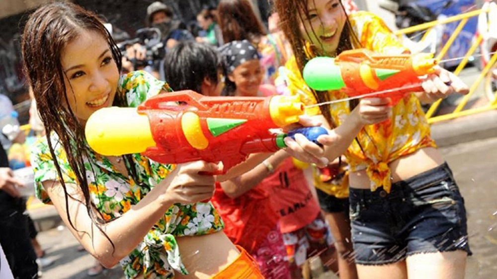 Last year I visited Thailand in April having no idea that they celebrate their New Year's in this month. It is Songkran, or the water festival.