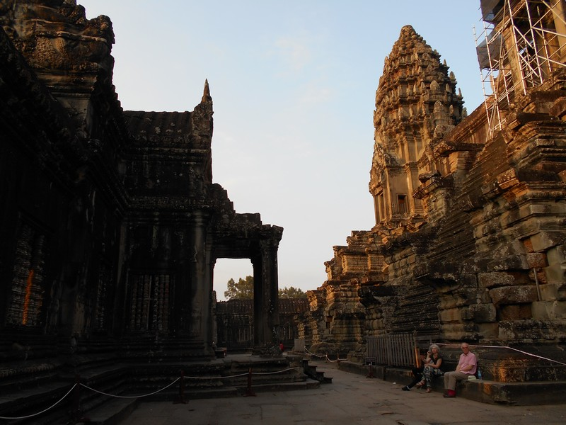 The best way to visit Angkor Wat temples will be by bicycle, for me. You can also do it with an e-bike but last time I rode a motorbike I twisted my ankle.