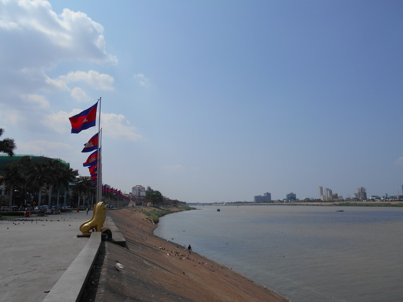 Phnom Penh is the penultimate destination of my nearly 4 months trip in Southeast Asia. I can say that this was the place I less enjoyed the whole trip.