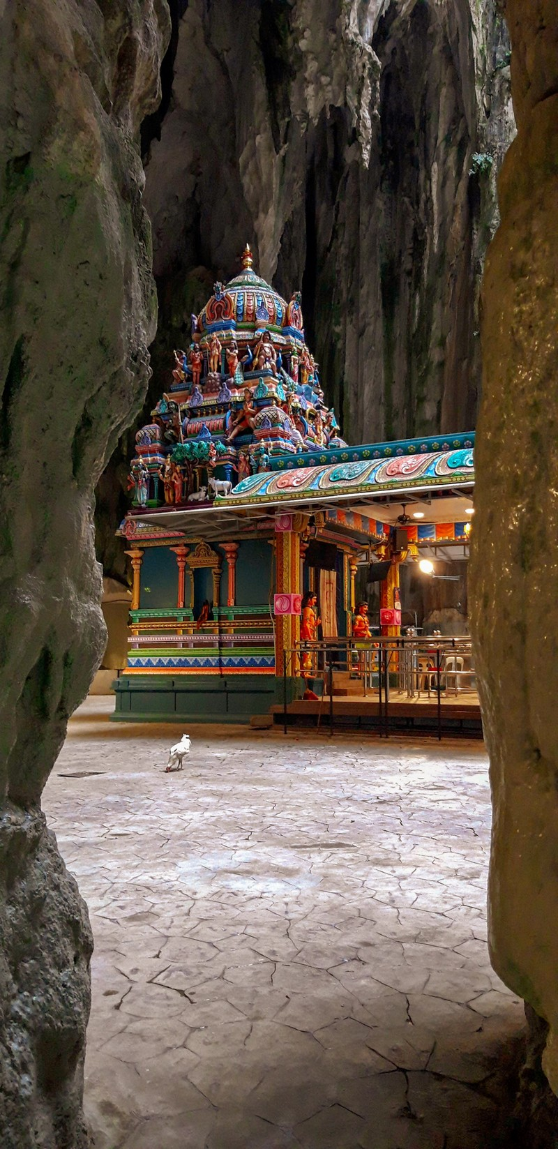 Batu Caves Malaysia are one of the biggest attractions in Kuala Lumpur, which are home to several Hindu temples. This place is totally worth a visit.