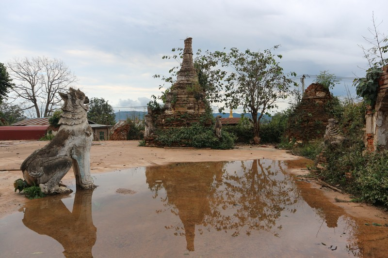 Hsipaw is a town mostly know because of it's treks and wonderful natural scenery. Exploring Hsipaw is not possible sometimes as you will find this place closed for tourists