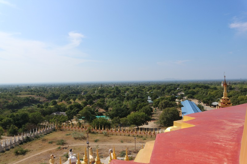 After a splendid first-day in Phowintaung caves close to Monywa, the second day I will be exploring the most famous attractions of the city itself, as there are plenty of things to do in Monywa.