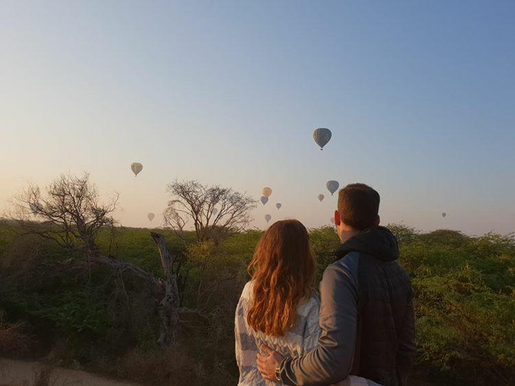 This time I'm sharing another Myanmar travel experience lived in the first person by Our Travel Getaway as Diana and Alexandre entitle themselves on Instagram.