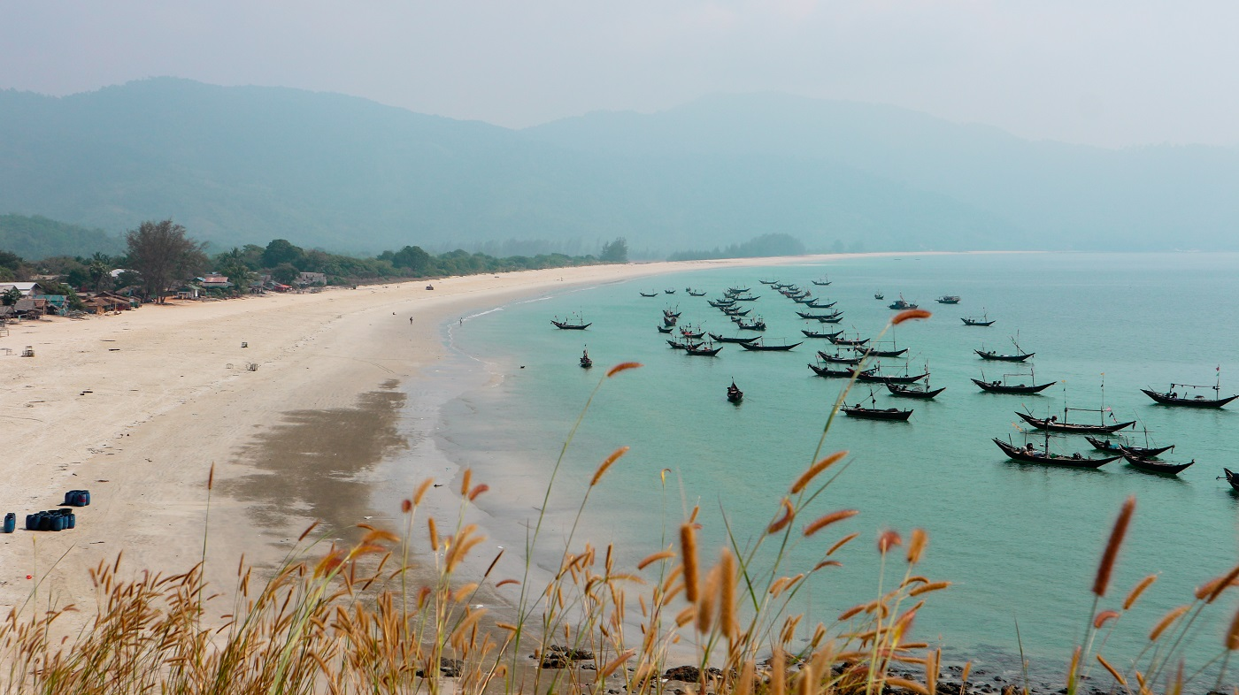 Dawei beaches: Tizit beach and San Hlan beach by motorbike