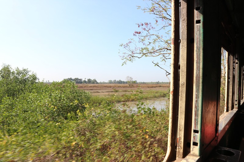 As during my third time in Myanmar I was willing to spend more time on trains, I decided to go from Dawei to Mawlamyine by train.