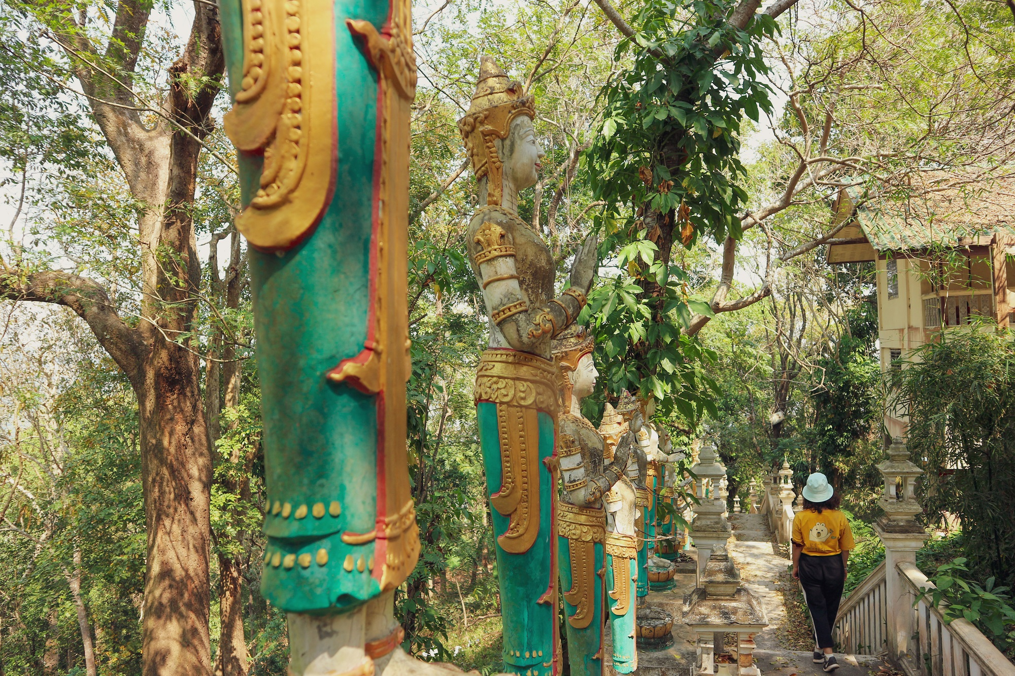 Visiting Doi Suthep and the night bazaar Chiang Mai