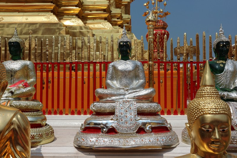 During my stay in Chiang Mai I decided to visit Doi Suthep mountain as it is home to the most important temple in Chiang Mai,