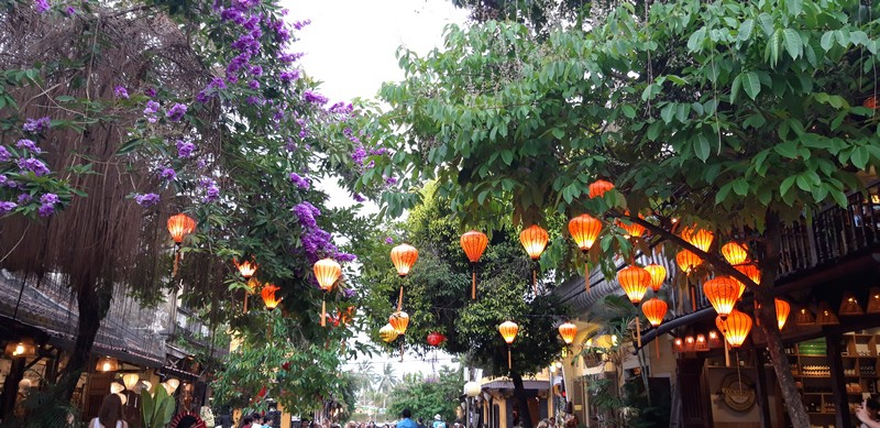 Hoi An is a small but very cozy town in central Vietnam. It is known for its lanterns that illuminate the streets at night and give it color and life during the day.