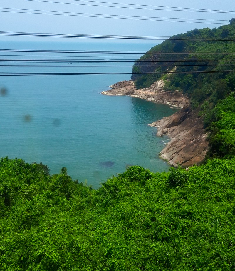 After researching for what is the most beautiful train ride in Vietnam, I come to the conclusion that I will travel from Hue to Da Nang by train, although this is not the final destination.