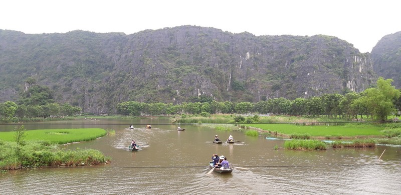 We only had 1 day to explore Ninh Binh, and I regret it. I could have spent much longer on this amazingly beautiful and peaceful place.