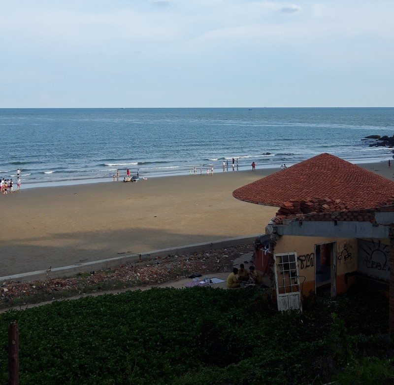 Vung Tau has the nearest beaches to Ho Chi Minh, about two hours away by bus, so it is the destination of choice for a weekend getaway for those who live in the city.